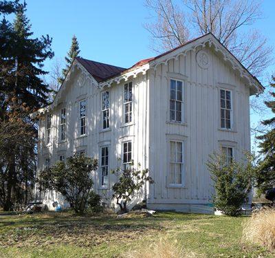 Lowen House