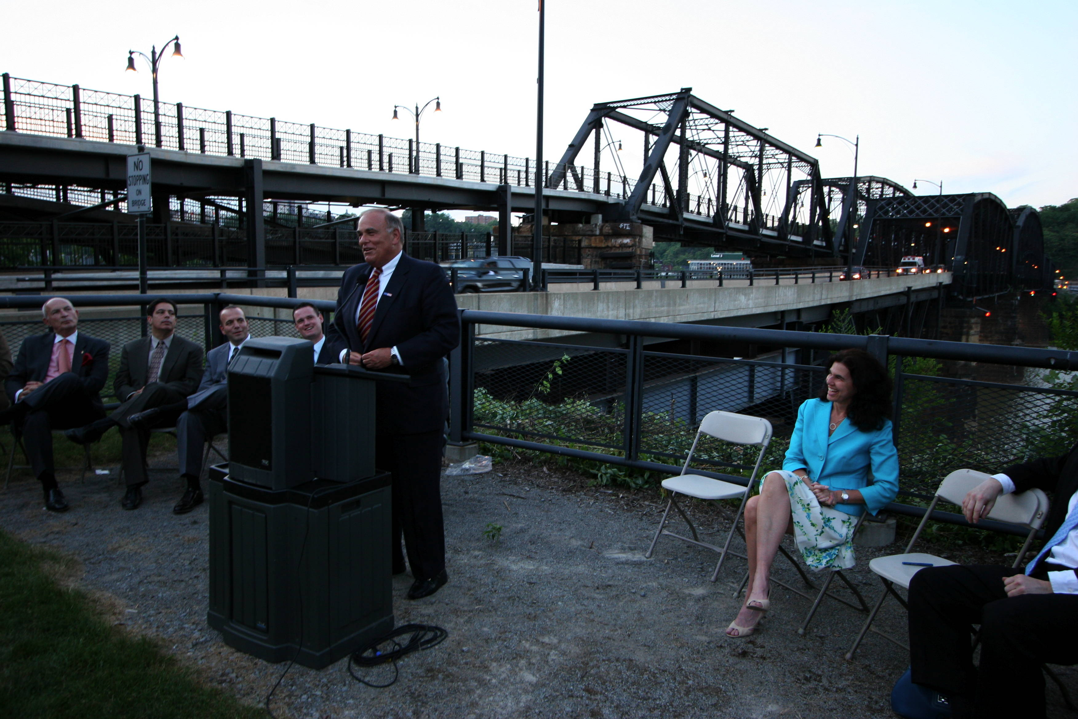 Gov. Ed Rendell Speaking at Lighting Ceremony