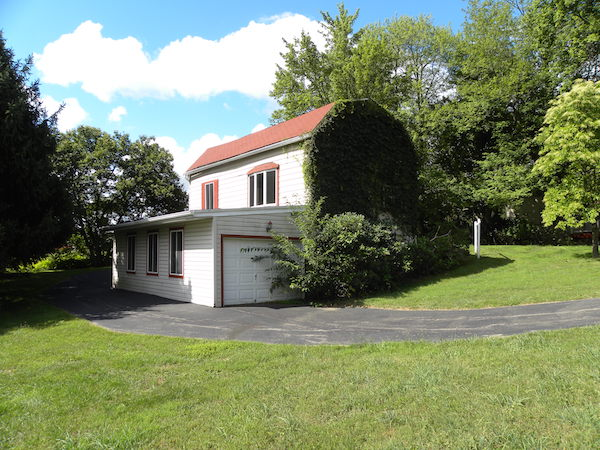 Eden Hall Campus, Chatham Universtiy; 6035 Ridge Rd., Gibsonia; Richland Twp.